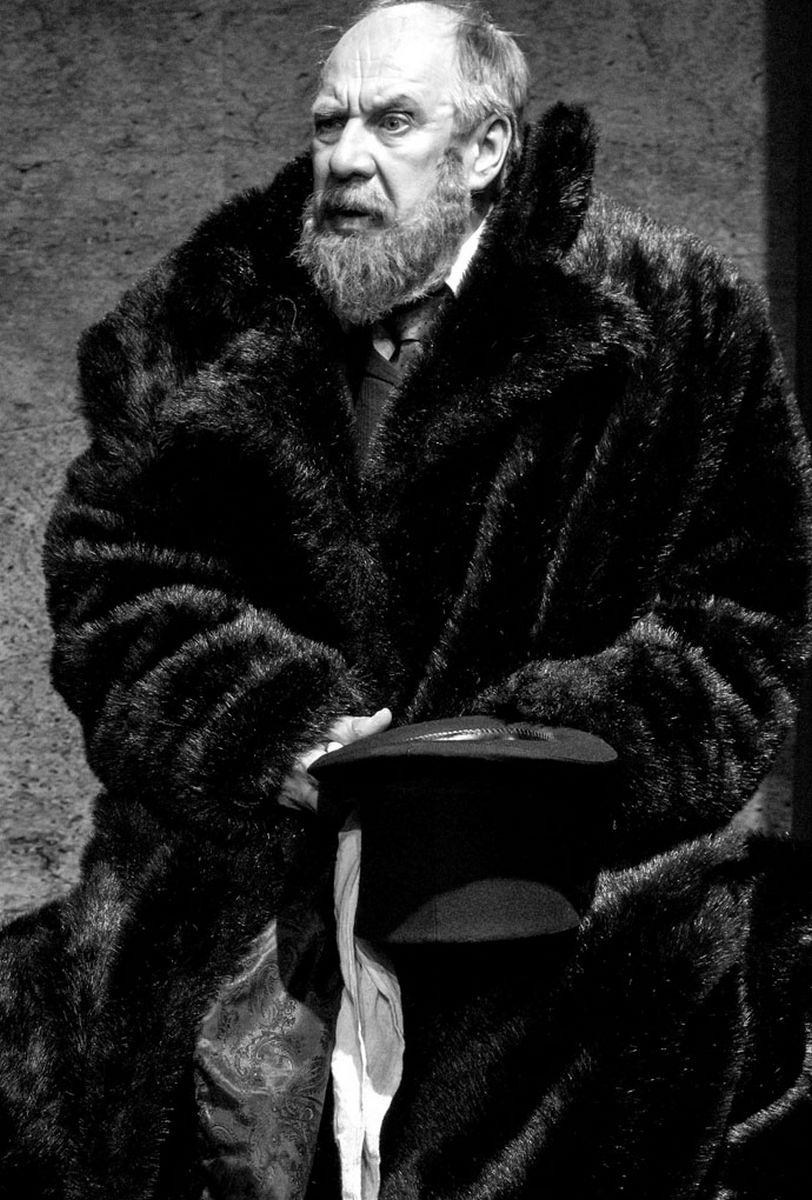 Лариса Алексеева (Москва). Театр ЦДР. Спектакль «Медведь», Александр Феклистов