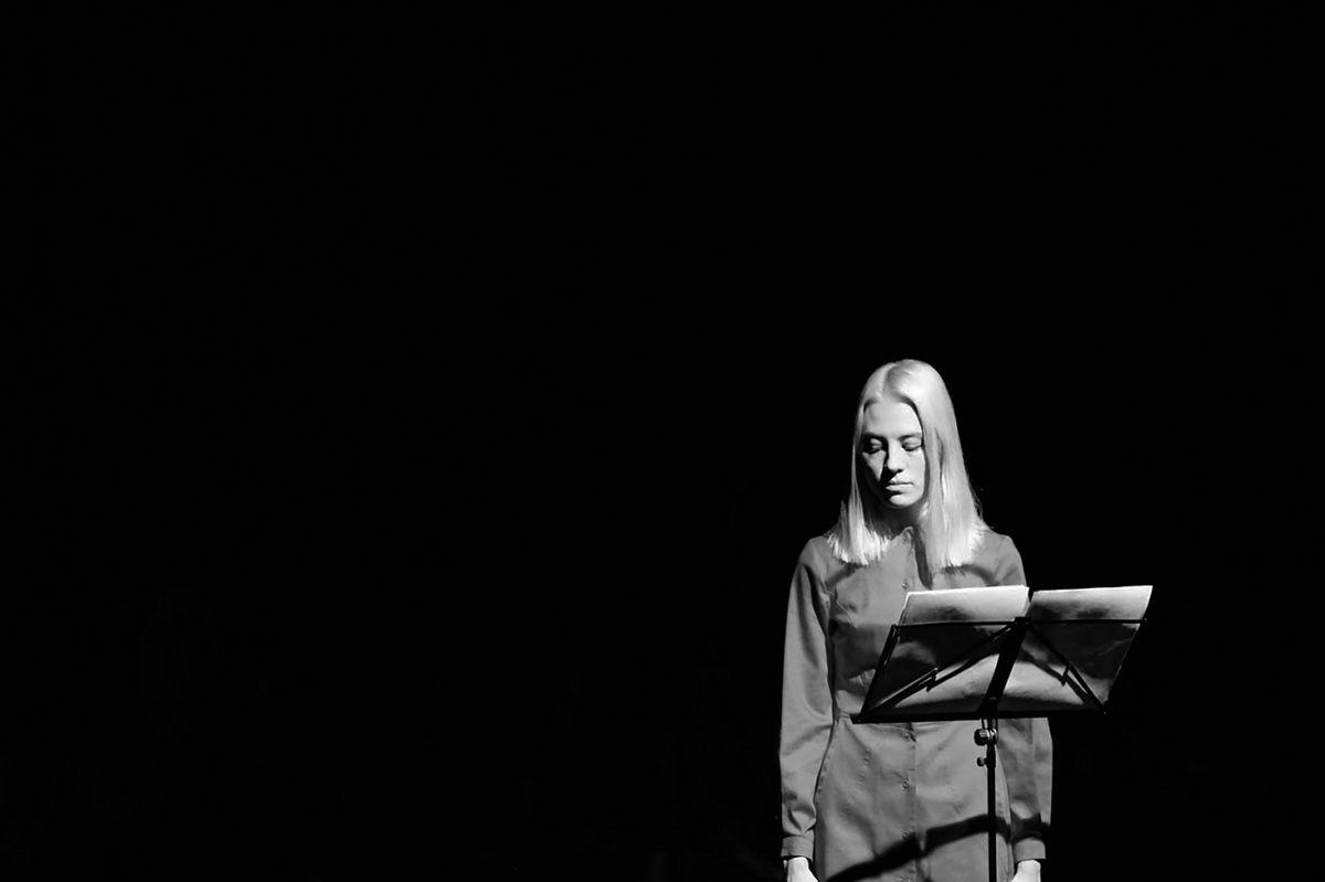 Дарья Полякова (Краснодар). Краснодар, перформативный театр Лаборатория, актриса Юлия Платонова