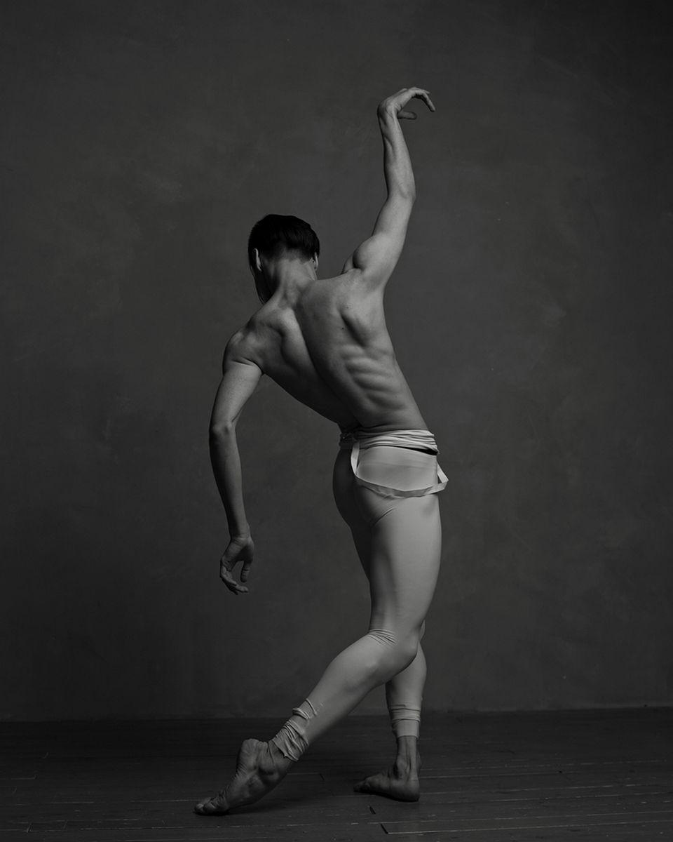 Анастасия Любимова (Санкт-Петербург). Евгений Ганеев из Nurgali Dance Company , Санкт-Петербург.